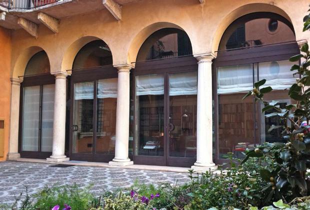 Pagine web italia aziende designers design verona for Aziende design italia